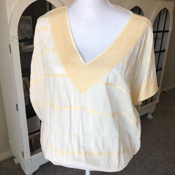 ivy jane Tops - Ivy Jane Embroidered Blouse, Size XS